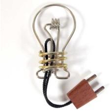 Metal brain breaker Lightbulb Constantin